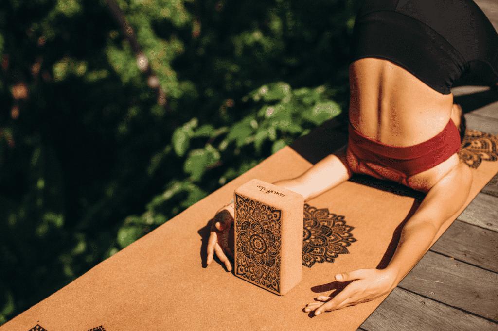 joga prostirka od pluta